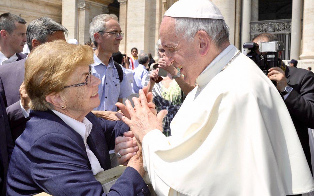 Sœur Angèle rencontre le Pape François