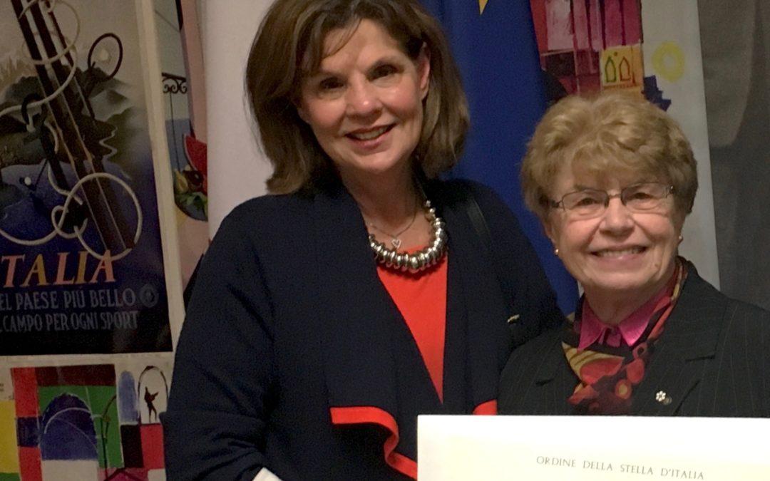 Sœur Angèle est honorée par l'Ordre de l'Étoile d'Italie