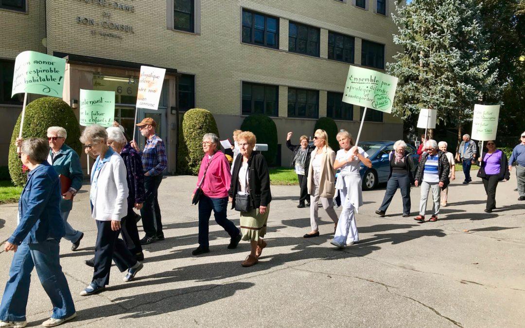 Des religieuses marchent pour la Planète !